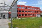Měřicí a testovací pracoviště solárních panelů firmy Regulus